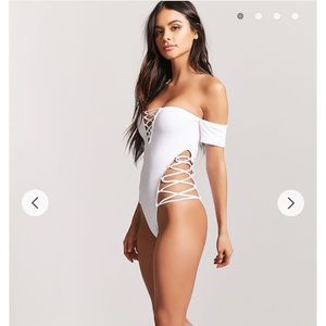 NWT Forever 21 swimsuit size L